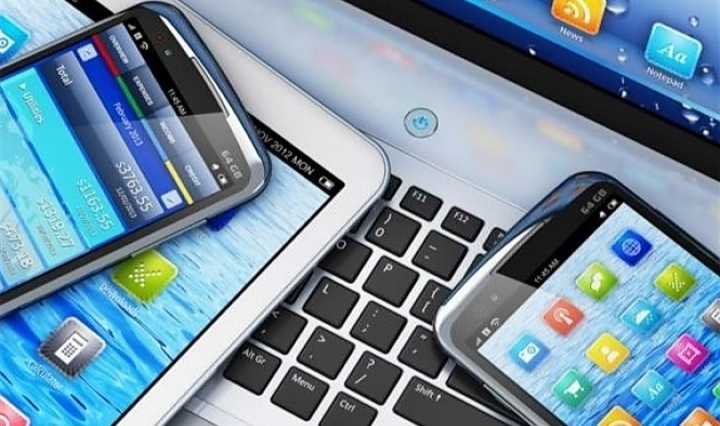 توفير أجهزة إلكترونيّة لطلبة المدارس