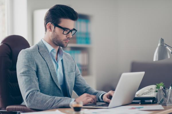 4 أشياء لتحديد ما إذا كانت أفكار شركتك وعملك جيدة أم سيئة ؟