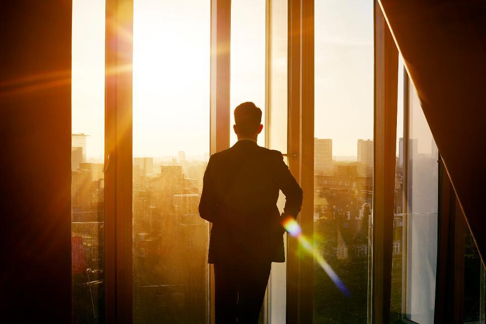 3 علامات تحدد المديرين والقيادين الجيدين في وقت الركود الإقتصادي