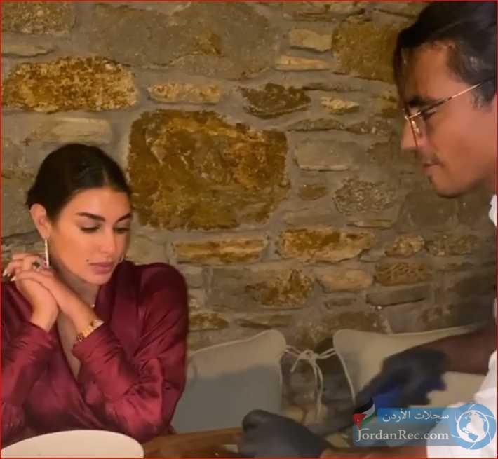 ياسمين صبري تتفاجأ بعرض الشيف نصرت