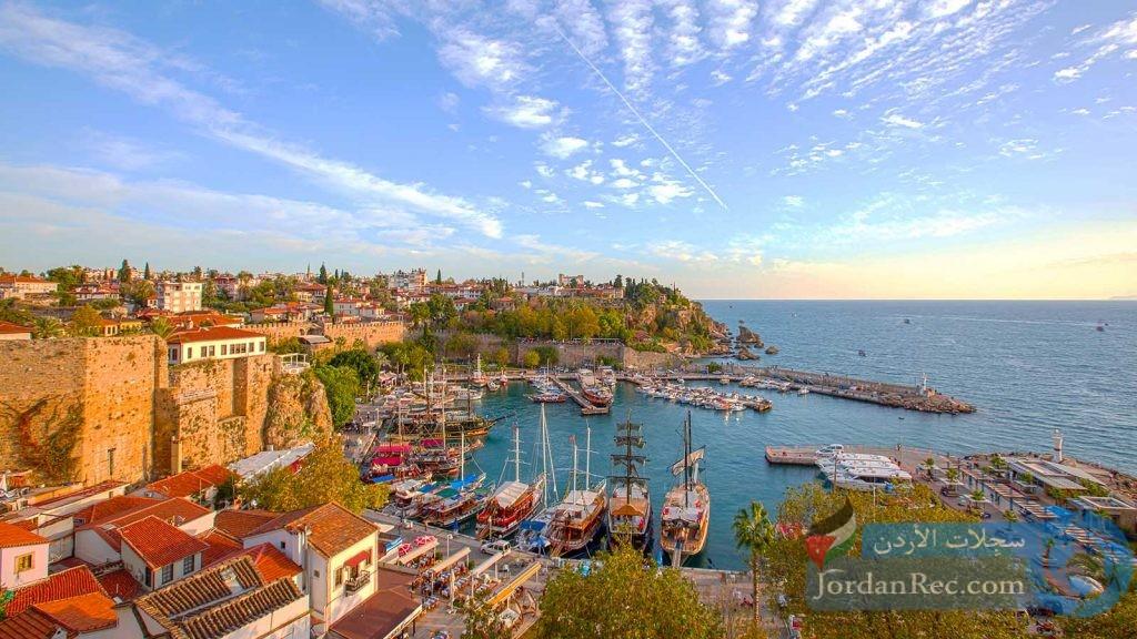 رحلة إلى مدينة أنطاليا التركية