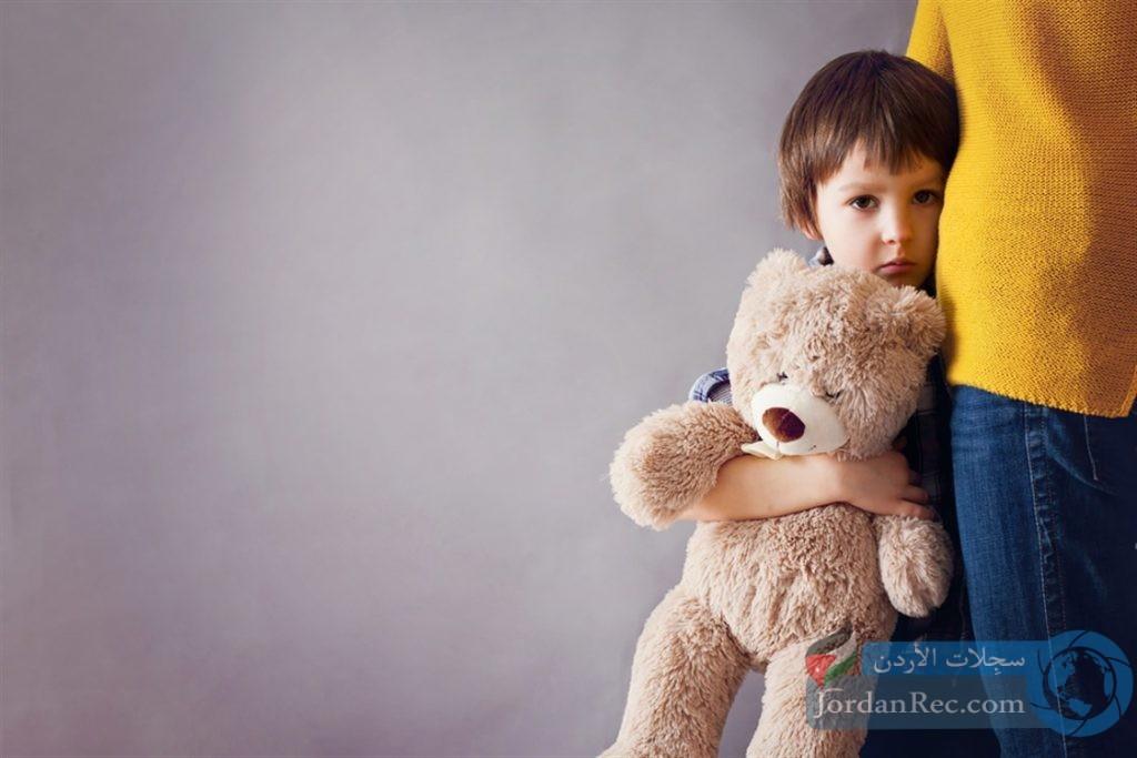 كيفية التعامل مع الطفل المصاب بالتوحّد