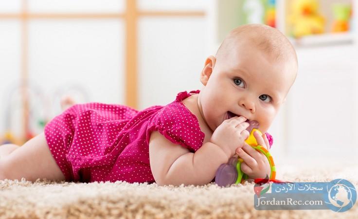 كيفية التعامل مع فترة التسنين عند الأطفال