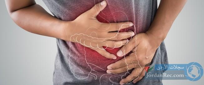 القولون العصبي: أعراضه وأسبابه وطرق علاجه منزليًا