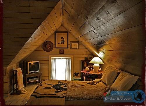 غرفة نوم في العلية