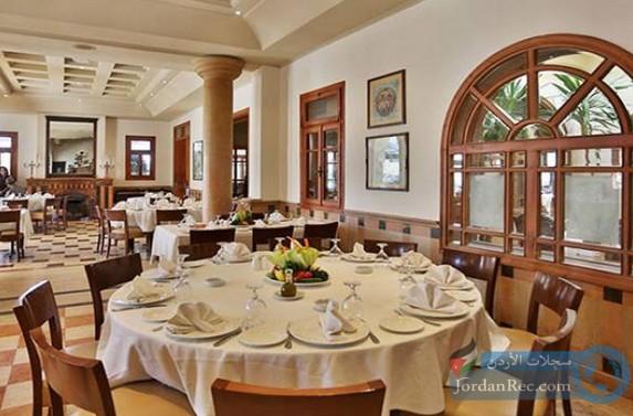 فرص عمل لدى كبرى المطاعم في السعودية مديرين ومهندسين