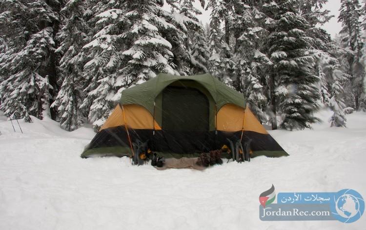 التخييم في الشتاء