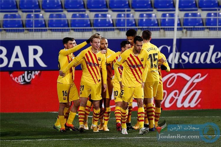 برشلونة ينتصر على هويسكا بصعوبة