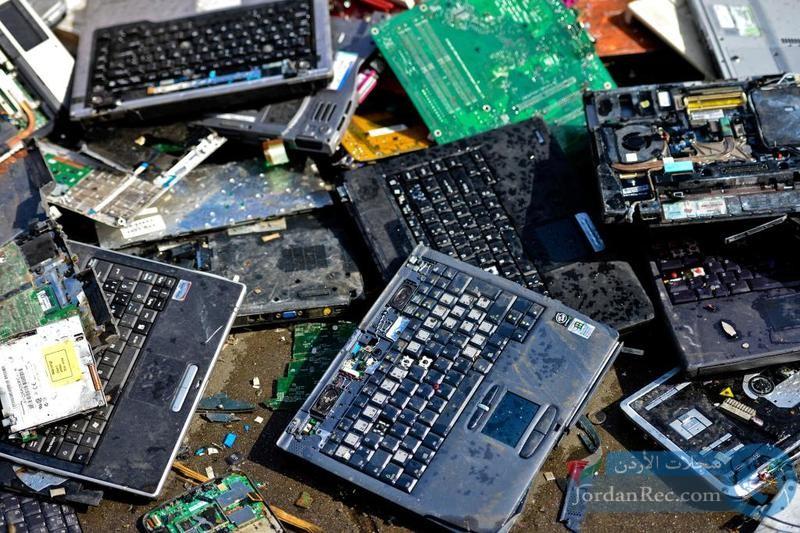 كيف تستثمر النفايات الالكترونية؟