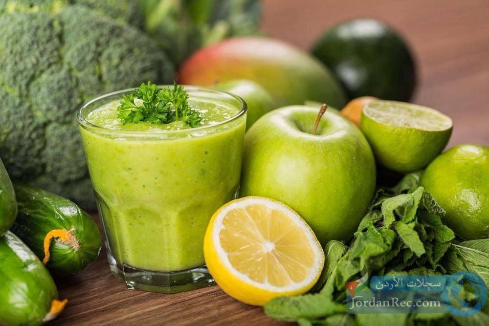 طريقة تحضير العصير الأخضر وأبرز فوائده للجسم