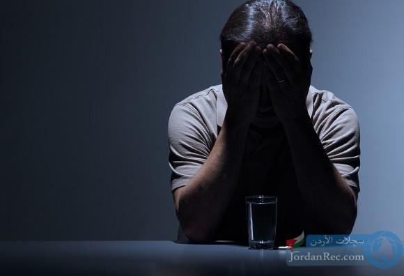 18 أطعمة رائعة تساعد في تخفيف التوتر والاكتئاب
