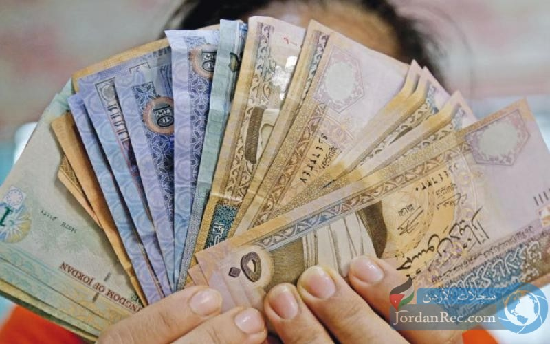 الهواري يقرر صرف فروقات حوافز الدفعة الأخيرة لجميع كوادر وزارة الصحة