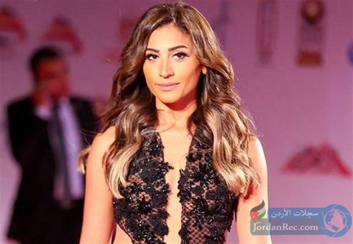 دينا الشربيني هل زادت جمالاً وتألقاً بعد الانفصال عن عمرو دياب؟