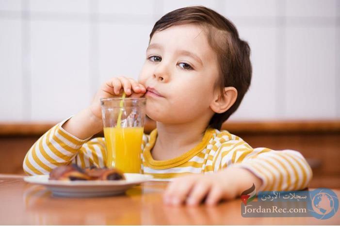 مشروبات شائعة تضعف الذاكرة والتعلم عند الأطفال