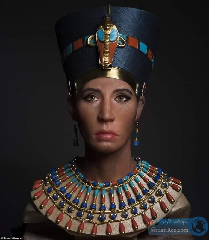 وجه الملكة نفرتيتي بعد إعادة بنائه رقميا